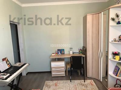 4-комнатный дом, 110 м², Мкр Оркен-2 за 23 млн 〒 в Атырау — фото 15