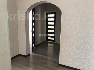 4-комнатный дом, 110 м², Мкр Оркен-2 за 23 млн 〒 в Атырау — фото 16