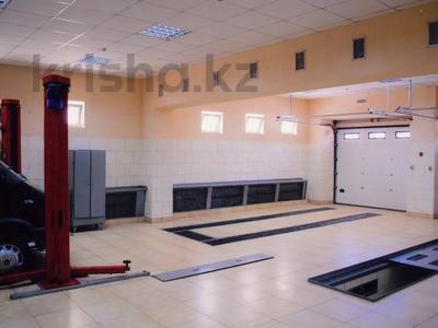 Здание, площадью 1100 м², Барнаульская 2 — Чкалова за 520 млн 〒 в Павлодаре — фото 8