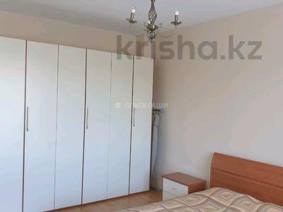 2-комнатная квартира, 78 м², 6/9 этаж помесячно, Желтоксан 1 за 180 000 〒 в Нур-Султане (Астана), Сарыарка р-н — фото 3