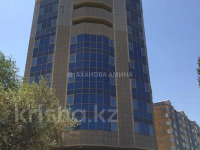 Офис площадью 216 м², мкр Мамыр-3, Саина 17/1 за 88 млн 〒 в Алматы, Ауэзовский р-н — фото 18