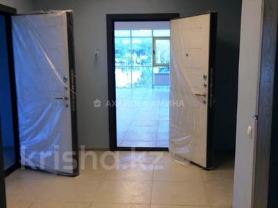 Офис площадью 216 м², мкр Мамыр-3, Саина 17/1 за 88 млн 〒 в Алматы, Ауэзовский р-н — фото 13