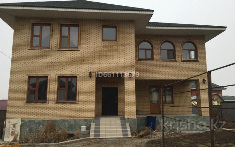 8-комнатный дом, 285 м², 10 сот., Көктем көшесі 17 — Ақсай көшесі за 55 млн 〒 в Кыргауылдах