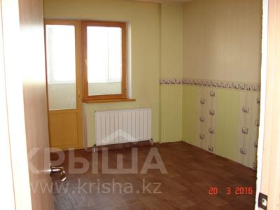 3-комнатная квартира, 70 м², 7/8 этаж, проспект Сарыарка 41 за 16.8 млн 〒 в Нур-Султане (Астана), Сарыарка р-н