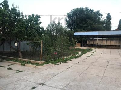 7-комнатный дом, 210 м², 12 сот., Жетису 33 — Тау самалы за 33.5 млн 〒 в Кыргауылдах — фото 10