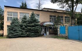 Здание, площадью 1900 м², мкр №3 72 — Саина за 845 млн 〒 в Алматы, Ауэзовский р-н