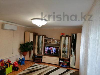6-комнатный дом, 100 м², 11 сот., Сулусай, Круглоозерное 38 — Набережная за 6 млн 〒 в Уральске — фото 2
