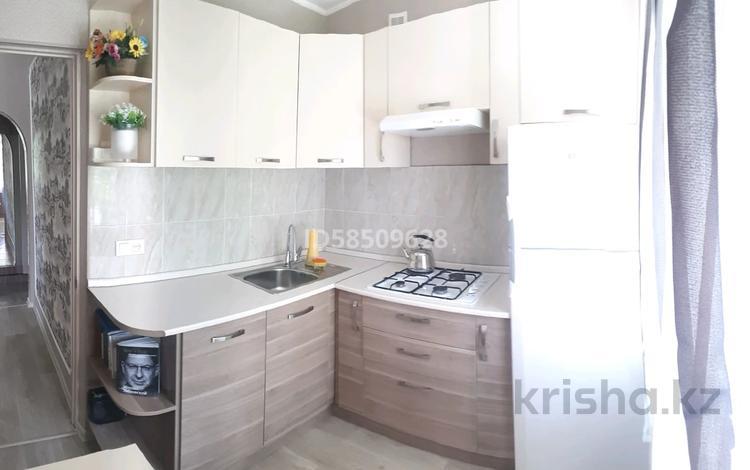 1-комнатная квартира, 30 м², 2/5 этаж, Республика 55 — Дукенулы за 14.5 млн 〒 в Нур-Султане (Астана), Сарыарка р-н