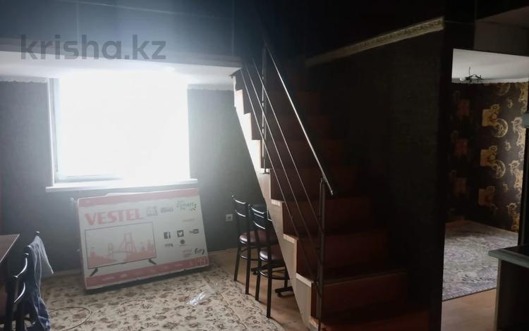 2-комнатная квартира, 45 м², 10/10 этаж, мкр Алгабас, Аккент за 15.5 млн 〒 в Алматы, Алатауский р-н