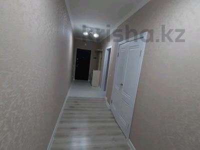 2-комнатная квартира, 60 м², 9/12 этаж, Сауран 3/1 — Сауран за 24.5 млн 〒 в Нур-Султане (Астана), Есиль р-н — фото 2