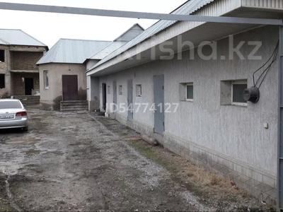 6-комнатный дом, 156 м², 8 сот., Мкр. Сауле за 20 млн 〒 в Шымкенте, Аль-Фарабийский р-н