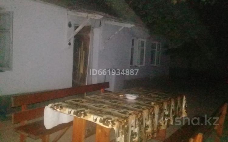 4-комнатный дом, 66 м², 8 сот., С.Сейфуллина 3а за 15.5 млн 〒 в Сарыагаш