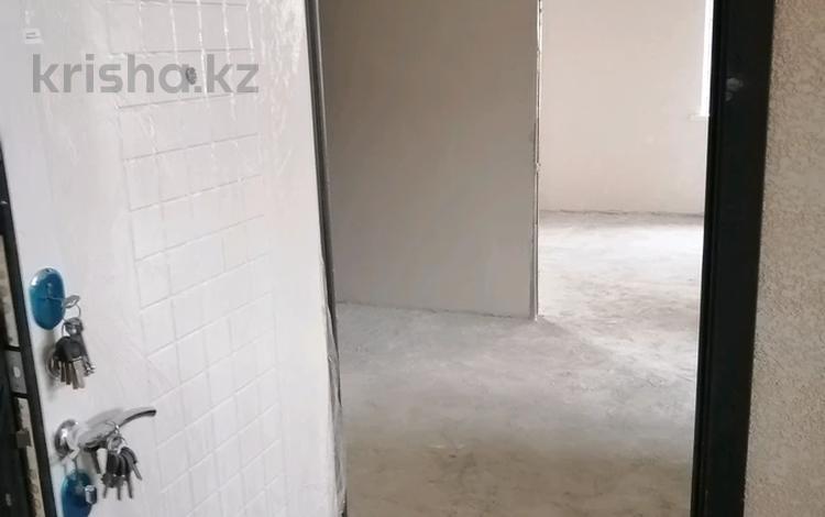 2-комнатная квартира, 81 м², 2/4 этаж, Самал 13б за 19.5 млн 〒 в Талдыкоргане