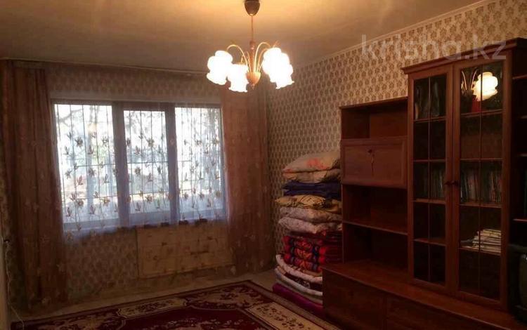 2-комнатная квартира, 42 м², 1/4 этаж, мкр №1, Шаляпина — Берегового за 14.7 млн 〒 в Алматы, Ауэзовский р-н