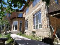 10-комнатный дом, 370 м², 6 сот.