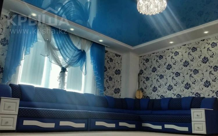 7-комнатный дом, 170 м², 4 сот., проспект Каржаубайулы 169 — Кабылбаева за 26.5 млн 〒 в Семее