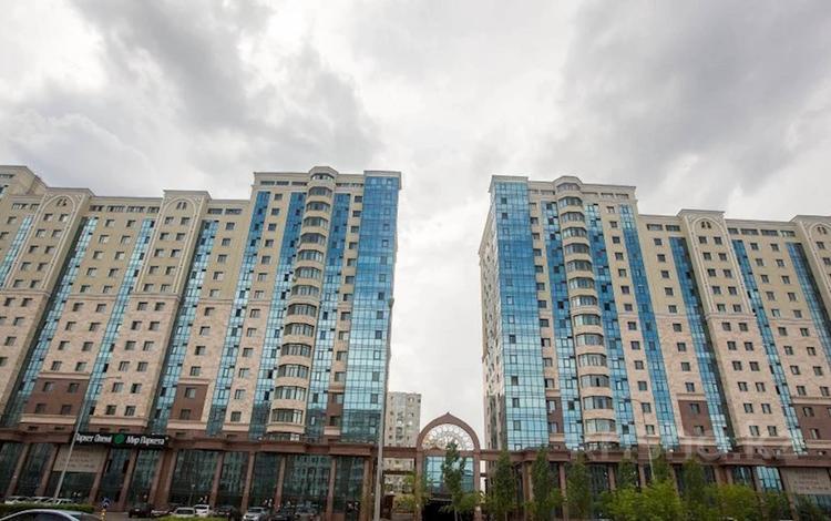 2-комнатная квартира, 70 м², 16/16 этаж, Мангилик Ел 17 за 18.5 млн 〒 в Нур-Султане (Астане), Есильский р-н