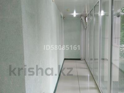 Магазин площадью 70 м², Евразия 107 за 300 000 〒 в Уральске — фото 2