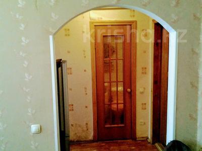 1-комнатная квартира, 33 м², 1/5 этаж посуточно, Курмангазы 163 — проспект Евразия за 5 000 〒 в Уральске — фото 4