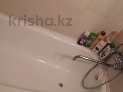 3-комнатная квартира, 67.5 м², 9/9 этаж, Естая 142 за 12.2 млн 〒 в Павлодаре — фото 6