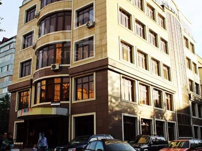 2-комнатная квартира, 62 м², 5/6 этаж, мкр Жетысу-4, Абая 6а — Момышулы за 24 млн 〒 в Алматы, Ауэзовский р-н