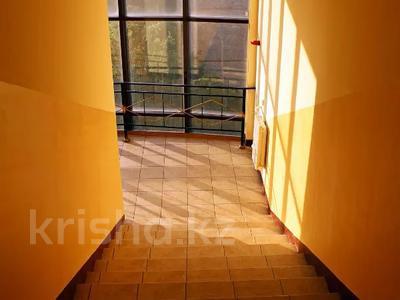 2-комнатная квартира, 62 м², 5/6 этаж, мкр Жетысу-4, Абая 6а — Момышулы за 24 млн 〒 в Алматы, Ауэзовский р-н — фото 18