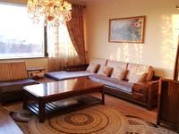 3-комнатная квартира, 135 м² помесячно