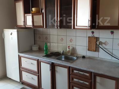 3-комнатная квартира, 90 м² помесячно, Мкр «Самал» 1–10 за 160 000 〒 в Нур-Султане (Астана) — фото 9
