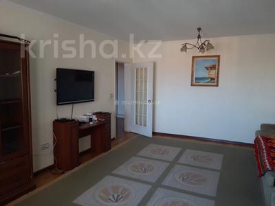 3-комнатная квартира, 90 м² помесячно, Мкр «Самал» 1–10 за 160 000 〒 в Нур-Султане (Астана) — фото 3