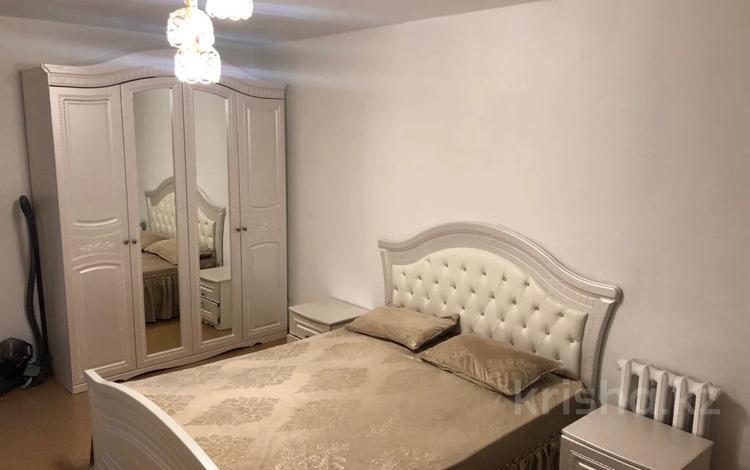2-комнатная квартира, 56 м², 2/12 этаж на длительный срок, Жастар 17/8 за 110 000 〒 в Талдыкоргане