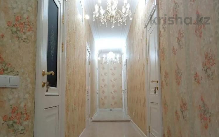 1-комнатная квартира, 30 м², 2 этаж посуточно, Кенесары 8 — Сарыарка за 4 500 〒 в Нур-Султане (Астана), Сарыарка р-н