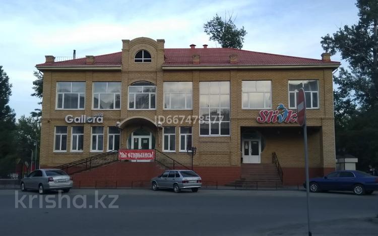 Здание, площадью 630 м², Момышулы 18 за 200 млн 〒 в Семее