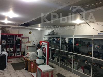 Магазин площадью 800 м², Дулатова 208 за 1 млн 〒 в Семее — фото 3