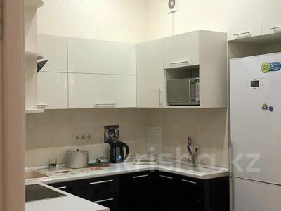 3-комнатная квартира, 90 м², 10/14 этаж на длительный срок, 17-й мкр 7 за 300 000 〒 в Актау, 17-й мкр
