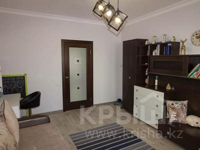 3-комнатная квартира, 114 м², 4/9 этаж, Бигельдинова 5 за 32 млн 〒 в Нур-Султане (Астана), Сарыарка р-н — фото 17