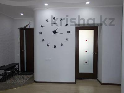 3-комнатная квартира, 114 м², 4/9 этаж, Бигельдинова 5 за 32 млн 〒 в Нур-Султане (Астана), Сарыарка р-н — фото 29