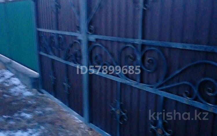 5-комнатный дом, 120 м², 10 сот., Мкр Жастар 1 38 — Бейбитшилик-Байконур за 13 млн 〒 в Талдыкоргане