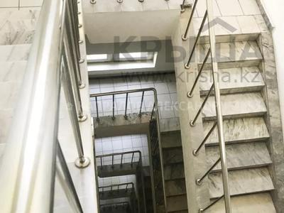 Здание, площадью 1932 м², Амангельды 49А — Карасай Батыра за 836 млн 〒 в Алматы, Алмалинский р-н — фото 13