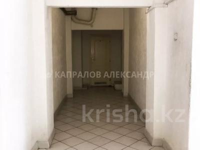Здание, площадью 1932 м², Амангельды 49А — Карасай Батыра за 836 млн 〒 в Алматы, Алмалинский р-н — фото 39
