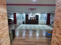 6-комнатный дом, 230 м², 15 сот.