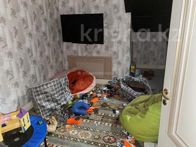 9-комнатный дом помесячно, 650 м², 20 сот., мкр Горный Гигант, Мкр Горный Гигант за 1.3 млн 〒 в Алматы, Медеуский р-н — фото 14
