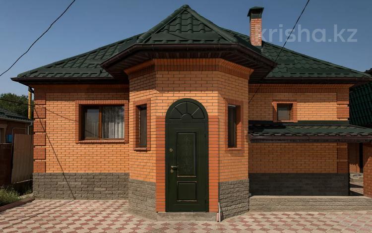 5-комнатный дом, 160 м², 10.8 сот., Баймуратова 78 за 49 млн 〒 в Умбетали