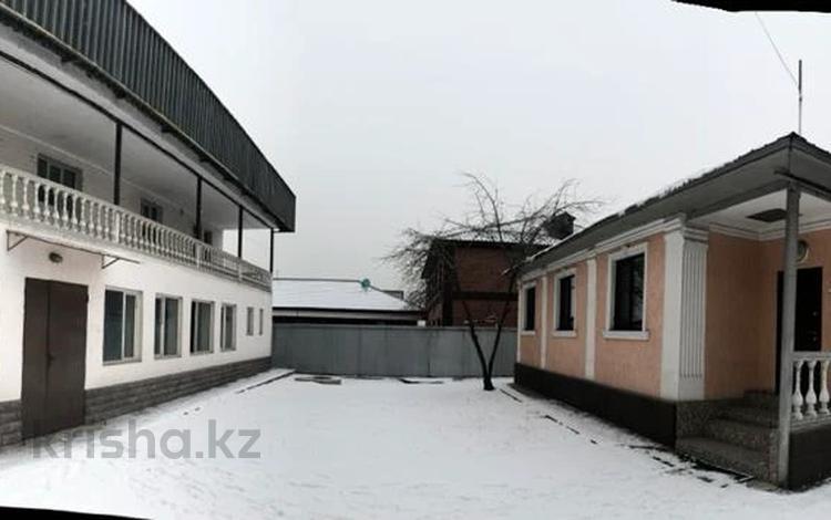 10-комнатный дом, 377 м², 8 сот., Тепличная 3 за 58 млн 〒 в Алматы, Алатауский р-н