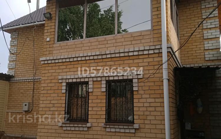 5-комнатный дом, 200 м², 7 сот., улица Шахтостроителей за 20 млн 〒 в