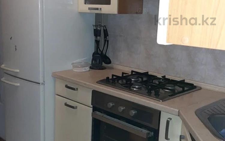3-комнатная квартира, 75 м², 3/5 этаж помесячно, 11-й мкр 23 за 120 000 〒 в Актау, 11-й мкр