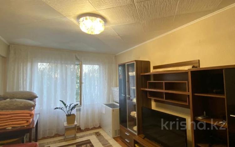 1-комнатная квартира, 33 м², 5/5 этаж, проспект Сатпаева 32 за 10.8 млн 〒 в Усть-Каменогорске