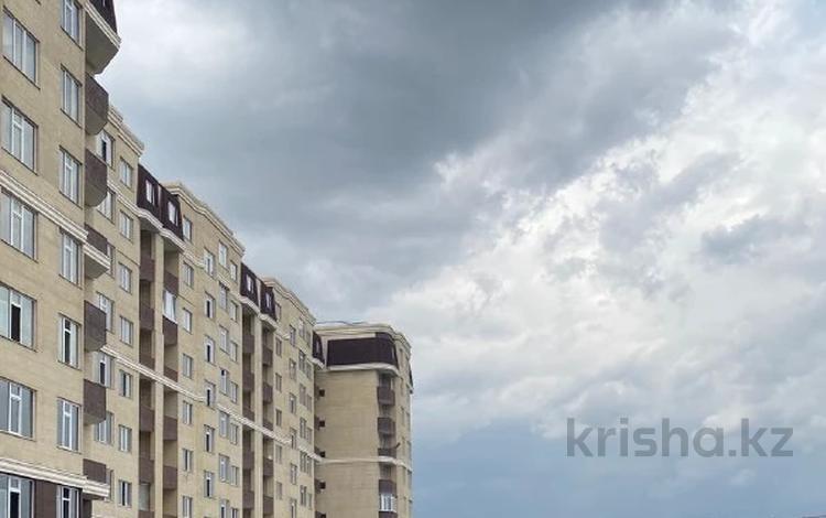 2-комнатная квартира, 85.5 м², 6/10 этаж, мкр №12, 12-й мкрн 26 за 34.2 млн 〒 в Алматы, Ауэзовский р-н