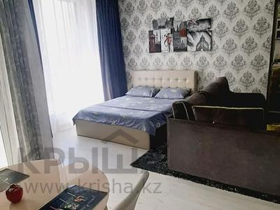 1-комнатная квартира, 42 м², 11/15 этаж посуточно, Манаса — Абая за 15 000 〒 в Алматы