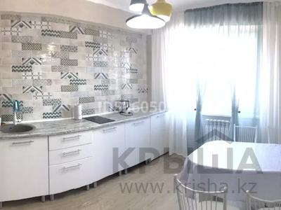 2-комнатная квартира, 45 м², 4/10 этаж посуточно, Жибек Жолы 5 за 13 000 〒 в Усть-Каменогорске — фото 16