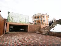 7-комнатный дом, 475 м², 10 сот.